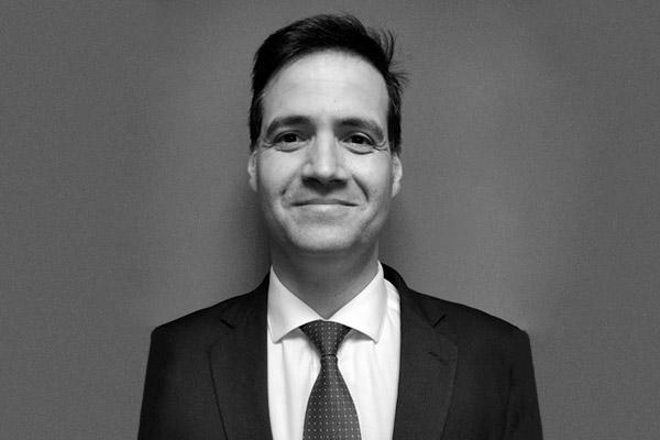 Enderson Santana de Oliveira | Roberto Fatuch & Advogados Associados